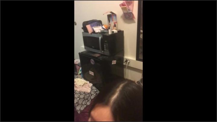 [HD] yummykimmy bj in college dorm - yummykimmy - Amateur | Blowjob, Boy Girl - 436,1 MB