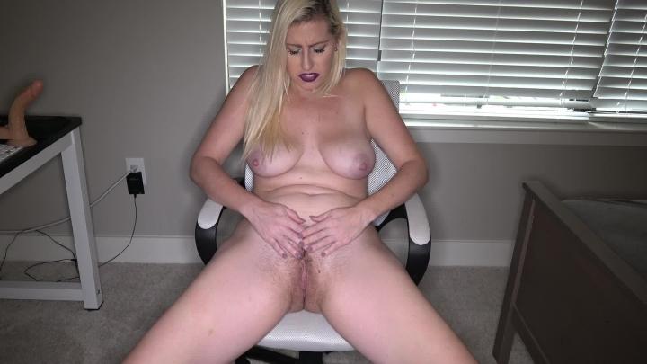 [Full HD] atomic milf bushy vagina play hd 60fps - Atomic MILF - Amateur | Solo Female, Hairy Bush, Masturbation - 1,9 GB