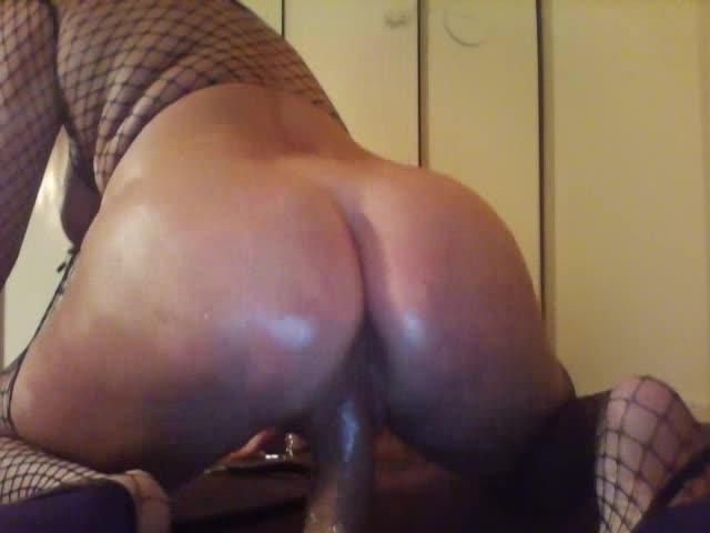 [SD] goddess siham slut fisting ass in heels - Goddess Siham - Amateur   Fishnets, Anal, High Heels - 21,7 MB
