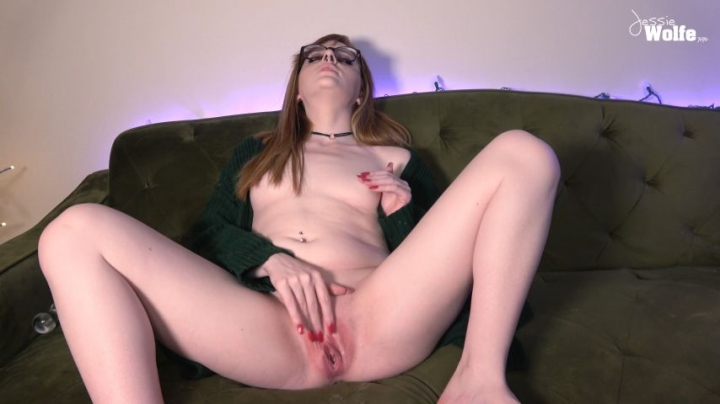 1 $ Tariff [4K Ultra HD] jessie wolfe cumming in my cardigan - Jessie Wolfe - Amateur | Piercings, Fingering - 339,8 MB
