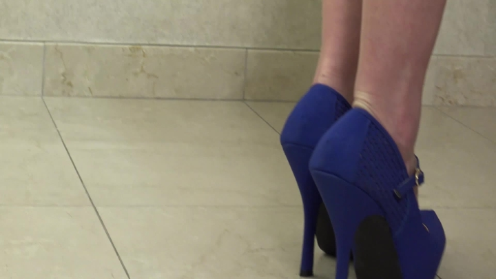 [Full HD] shaye rivers white lace and heels - Shaye Rivers - Amateur | Shoe Fetish, Legs, Ass - 690,2 MB