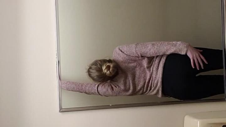 [Full HD] briceleblaze strip tease and orgasm in work bathroom - BriceleBlaze - Amateur | Blonde, Exhibitionism - 506 MB