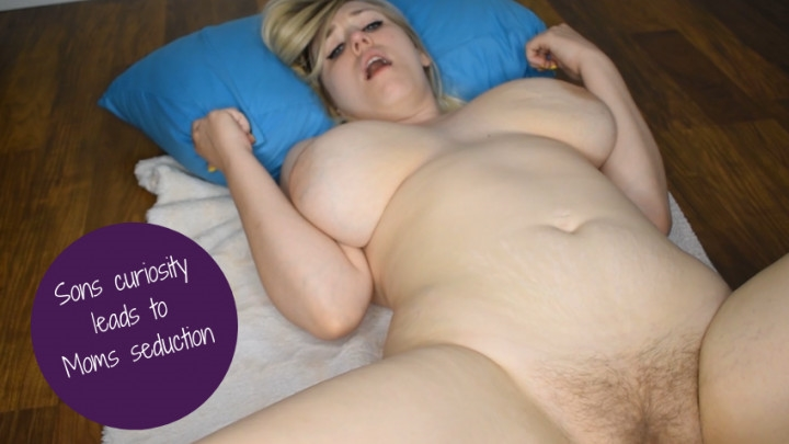 1 $ Tariff [Full HD] jocelynbaker sons curiosity leads to moms seduction - jocelynbaker - Amateur | Virtual Sex, Mommy Roleplay, Taboo - 1,1 GB