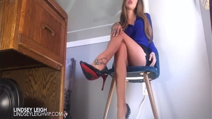 [SD] lindsey leigh get me a promotion - Lindsey Leigh - Amateur | High Heels, Foot Domination, Office Domination - 212,4 MB