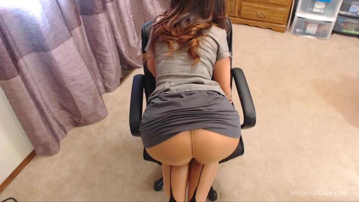 [Full HD] victoria raye a little ass worship before work - Victoria Raye - Amateur | Miniskirts, Pantyhose - 937,3 MB