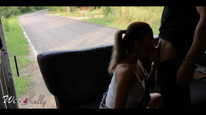 [Full HD] wet kelly fuck the delivery guy in back of truck - Wet Kelly - Amateur | Blonde, Doggystyle, Public Blowjob - 612,9 MB