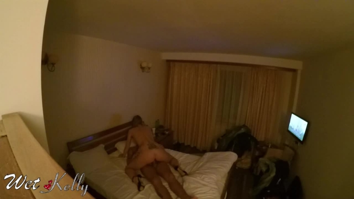 [HD] wet kelly hidden camera spy sex in hotel room - Wet Kelly - Amateur | Riding, Doggystyle, Hidden Cam - 355,3 MB
