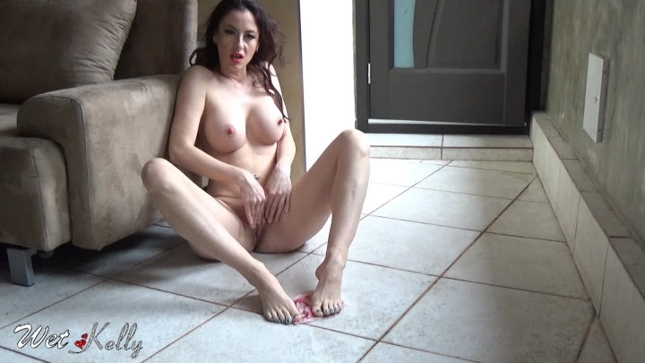 [Full HD] wet kelly p-- play on my panties - Wet Kelly - Amateur | Masturbation, Solo Masturbation - 429,3 MB