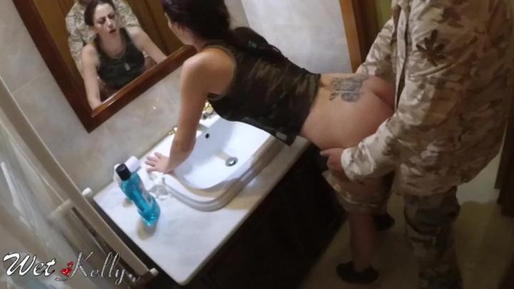 [HD] wet kelly toilet sex in a swing party - Wet Kelly - Amateur | Bathroom Sex, Cum Play - 227,6 MB