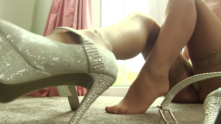 [Full HD] whores are us hard for heels - whores are us - Amateur | Shoeplay, Dangling, High Heels - 449,2 MB