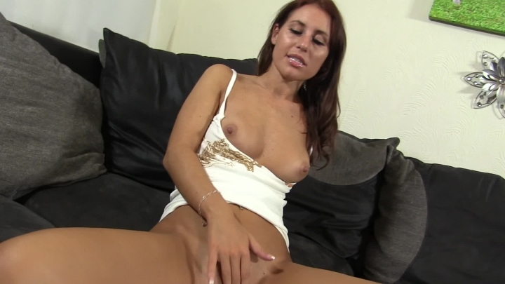 [Full HD] whores are us horny for hooters - whores are us - Amateur | Masturbation, Masturbation Encouragement - 596 MB