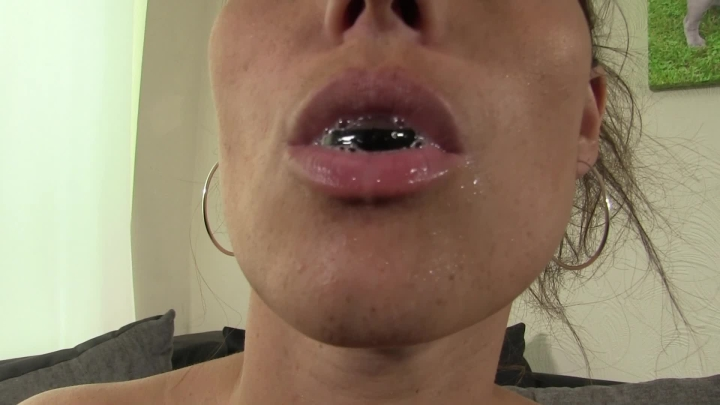 [Full HD] whores are us spitting fun - whores are us - Amateur | Small Tits, Brunette - 697,5 MB