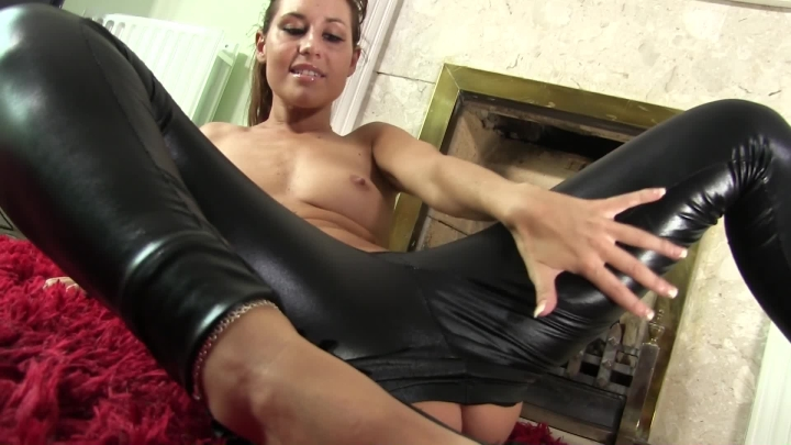 [Full HD] whores are us wetlook strip tease - whores are us - Amateur   Strip Tease, Leggings, Ass Worship - 288,2 MB