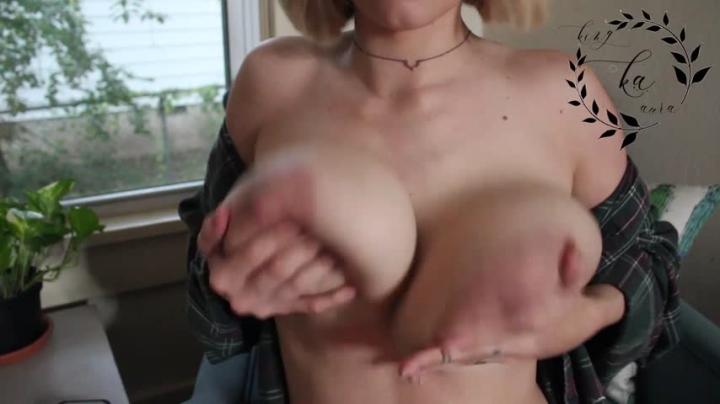 1 $ Tariff [Full HD] auroraxoxo playing with tits unusable footage - AuroraXoxo - Amateur   Huge Boobs, Huge Tits, Eye Glasses - 97,9 MB