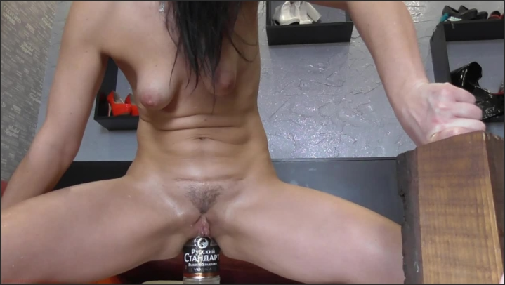 1 $ Tariff [HD] biackangel glass bottle in ass - BIackAngel - Amateur | Xxx Hardcore, Hardcore - 50,7 MB
