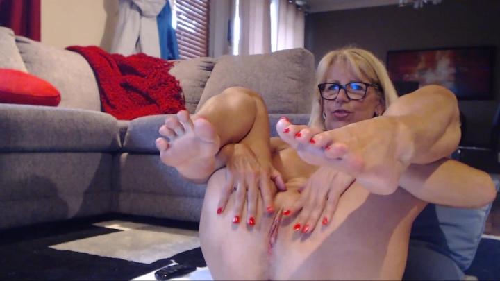 [Full HD] fitcougar feet lovers - FitCougar - Amateur | Big Boobs, Feet, Oil - 883,3 MB