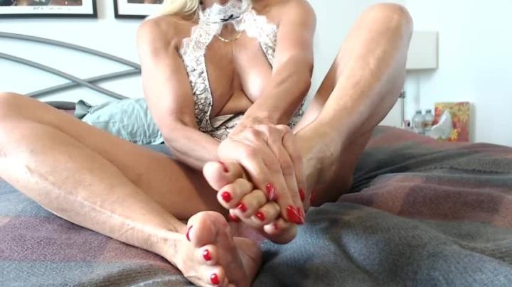 [Full HD] fitcougar feet massage and oil - FitCougar - Amateur | Feet, Oil - 404,8 MB
