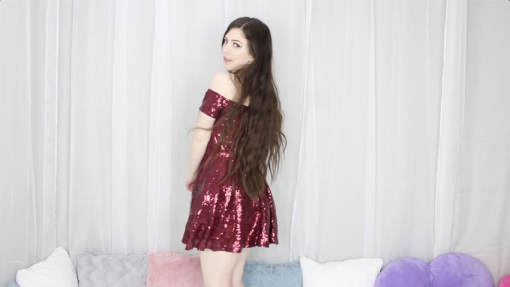 1 $ Tariff [Full HD] lilcanadiangirl trying on dresses - lilcanadiangirl - Amateur | Long Hair, Dancing - 1,8 GB