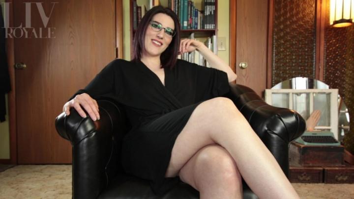 1 $ Tariff [Full HD] livroyale sensual foot worship with chipped polish - LivRoyale - Amateur | Sensual Domination, Foot Fetish, Toenail Polish - 993,7 MB