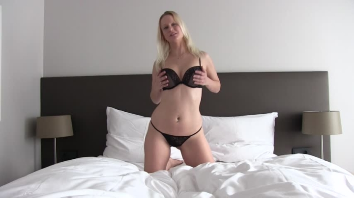 1 $ Tariff [Full HD] maryberry dirtytalk hot and wet - MaryBerry - Amateur   Toys, Dirty Talking, German - 522,7 MB
