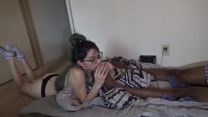[Full HD] njexotic foot and cock worship while gaming - njexotic - Amateur | Feet, Big Dicks - 3,3 GB