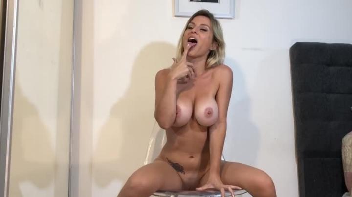 [Full HD] rebecca de winter gagging on my fingers till i cum - Rebecca de Winter - Amateur   Squirt, Fingering, Spit Fetish - 524,4 MB