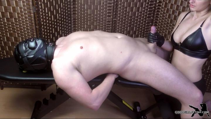 [Full HD] cassieclarke slave gets a leather glove edging hj - CassieClarke - Amateur | Cock Tease, Slave Training - 916,9 MB