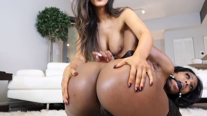 [Full HD] dulcemoon moon being dominated - Dulcemoon - Amateur | Domination, Latina, Interracial - 707 MB