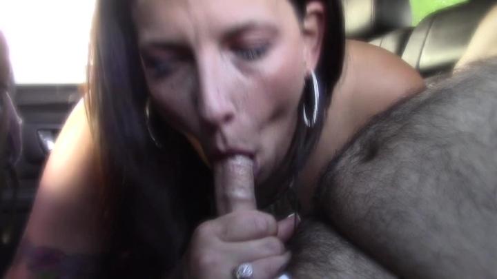 [HD] kinky kimmi brooks back in the backseat with kimmi - Kinky Kimmi Brooks - Amateur | Swallowing / Drooling, Car Sex, Public Blowjob - 874,5 MB