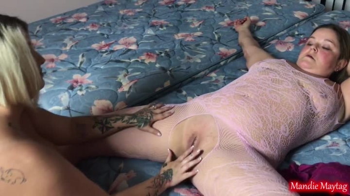 [Full HD] mandie maytag beaten bruised pussy gets the fist - Mandie Maytag - Amateur | Lesbians, Fisting - 532 MB
