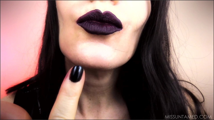 1 $ Tariff [Full HD] miss untamed trapped in my lips - Miss Untamed - IWantClips | Mouth Fetish, Sensual Domination - 877,8 MB