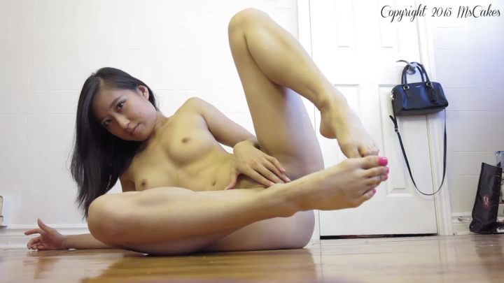 [Full HD] mscakes barefoot seduction - MsCakes - Amateur | Foot Fetish, Toe Fetish, Soles - 201,5 MB