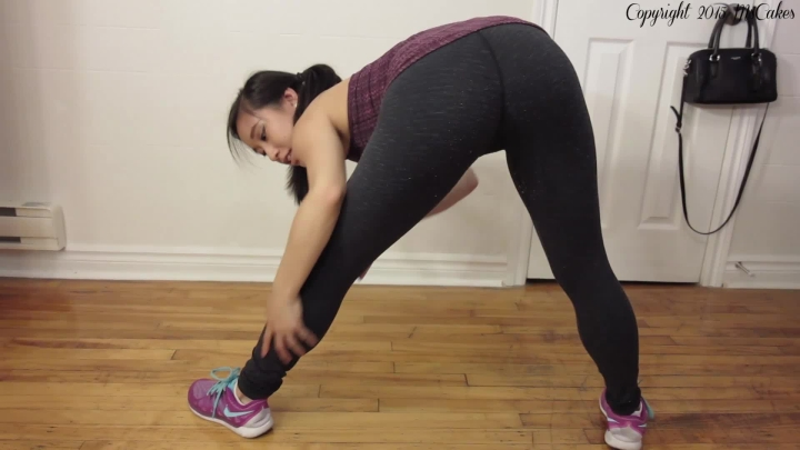 [Full HD] mscakes naughty post gym stretch and strip - MsCakes - Amateur   Exercise, Yoga Pants - 312,8 MB