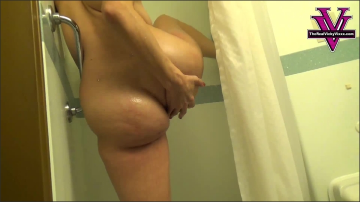 [Full HD] naughty vicky vixxx cruise ship shower orgasm - Naughty Vicky Vixxx - Amateur | Orgasms, Shower - 298,5 MB
