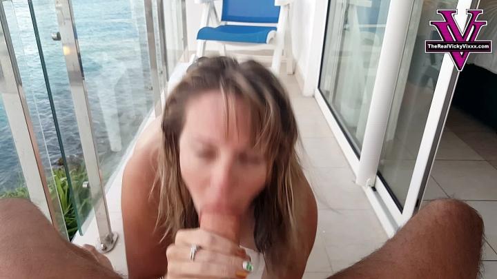 [Full HD] naughty vicky vixxx vicky sucks and fucks on the balcony - Naughty Vicky Vixxx - Amateur | Public Blowjob, Exhibitionism, Outdoor Public Blowjobs - 1,5 GB