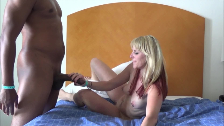[Full HD] naughty vicky vixxx vickys 1st time with a bbc sex tape - Naughty Vicky Vixxx - Amateur | Outdoor Public Blowjobs, Public Blowjob, Bbc - 859,1 MB