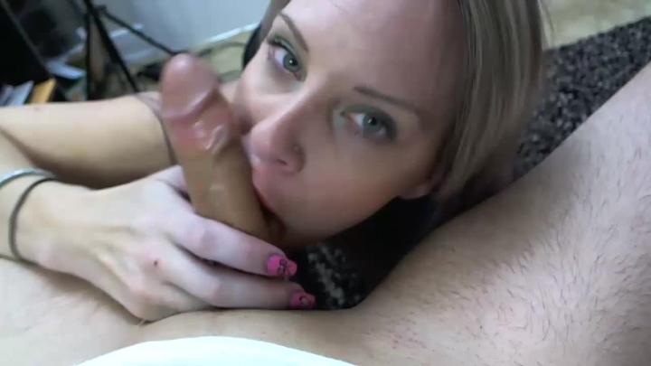 [HD] naughty vicky vixxx vickys mouth makes it hard - Naughty Vicky Vixxx - Amateur | Gag Talk, Deepthroat - 393,6 MB