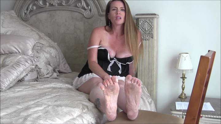 [Full HD] nikkinevada pregnant milf makes you her foot slave - NikkiNevada - Amateur | Milf, Feet - 926,3 MB