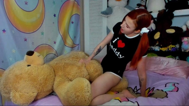 [Full HD] pj princess babygirl humps her teddy - PJ Princess - Amateur | Non-nude, Redhead, Daddy Roleplay - 1,2 GB