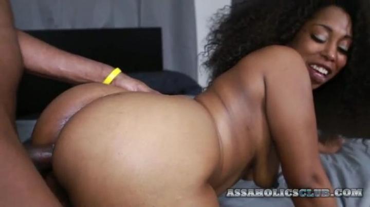 [LQ] whoaboyz big booty hood chick love big black dick - whoaboyz - Amateur | Ebony, Big Butts, Blowjob - 215 MB