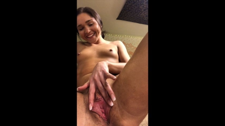 [Full HD] xzoebloomxx up close view of fingering amp using toy - xZoeBloomxx - Amateur - 00:21:11 | Pussy Spreading, Orgasms - 2,7 GB