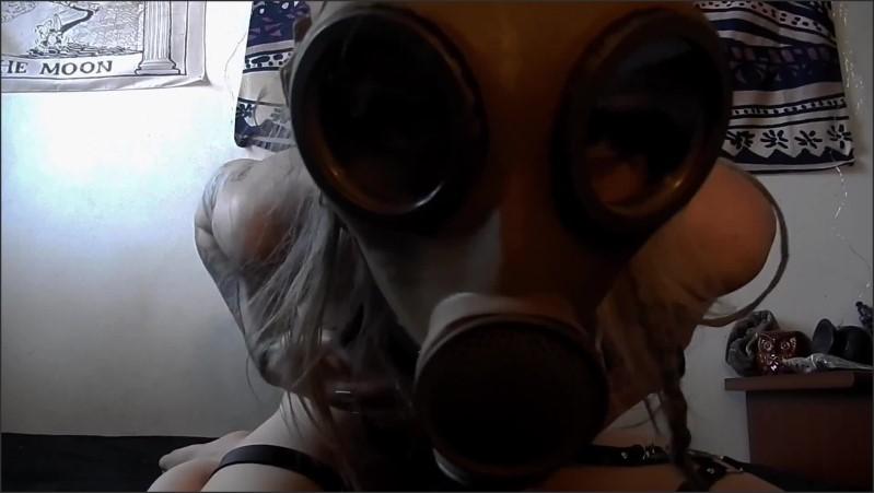 [Full HD] gas mask hottie cums hard full vid on my onlyfans link in bio   - Butterflyal1en - -00:14:24 | Kinky, Adult Toys, Kink - 338,1 MB