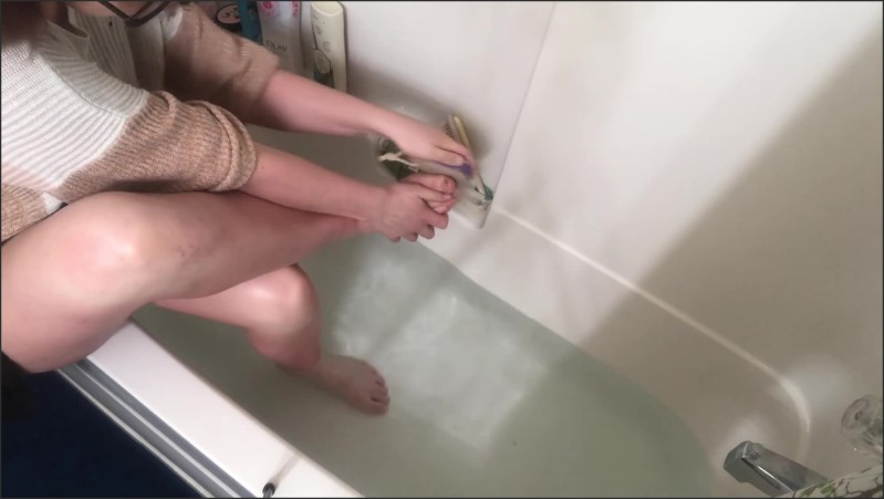 [Full HD] karma takes care of her feet after a long day in heels   - Karma Chance - -00:12:15 | Lotion, Foot Fetish - 242,5 MB