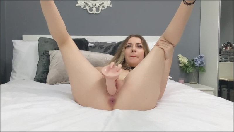 [Full HD] luna petite fucking my pussy with dildo until squirt   - Luna Petite - -00:06:16 | Cams, Dildo Fuck - 110,5 MB