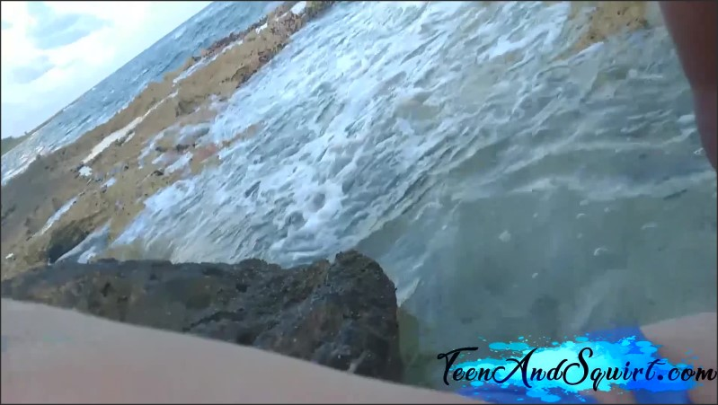 [Full HD] petite redhead with big tits fucks on the beach amateur pov teen and squirt   - TeenAndSquirt - -00:12:09   Real Public Sex, Young, Point Of View - 843 MB