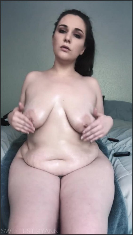 [SD] 10 min of oil spanks nipple play has bbw milf s pussy dripping wet for her bbc dildo   - Sweetest Ryann - -00:13:56   Exclusive, Bbc Dildo, Body Oil - 112 MB