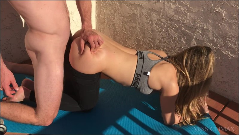 [Full HD] came home from pilates to let the hot pool boy fuck me doggy   - Miss Climax - -00:07:39 | Pov, Stepsister, Vday2020 - 182,5 MB