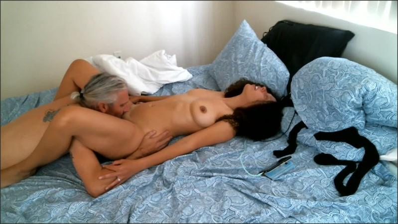 [Full HD] coco milf rides mustache until massive squirt   - Coco Fox - -00:26:17 | Female Orgasm, Squirt - 1,1 GB
