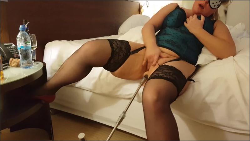 [Full HD] fuckmachine insane masturbation and screaming orgasms nympho milf amateur wife   - Lena Cox - -00:06:27   Big Ass, Sexmachine Orgasm - 100,8 MB