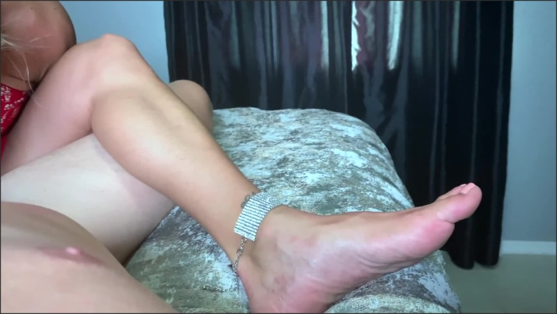 [Full HD] hot girl from a party gives pov blowjob footjob feet pose   - CoupleOfFeet - -00:09:04 | Blowjob, Handjob, Point Of View - 199,5 MB